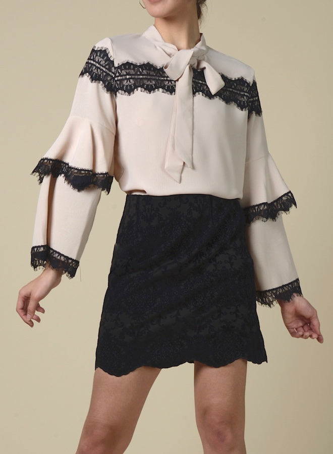 89110 Lace Mesh Layered Sleeve Shirt