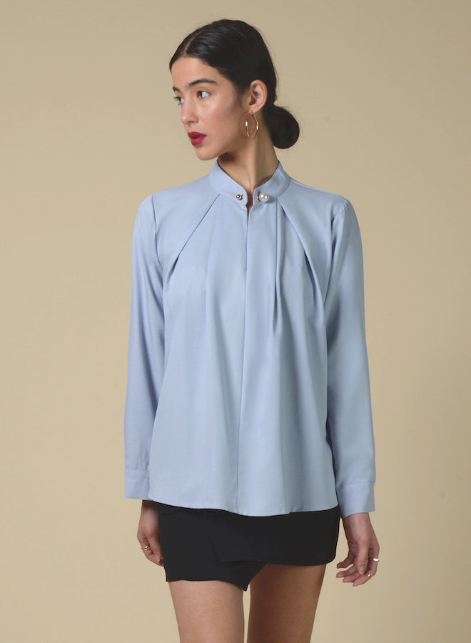 89115 Pearl Neckline Pleated Blouse