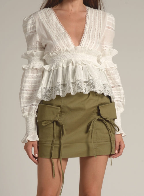 90124 WHITE RUFFLE PLEATED WAIST TOP