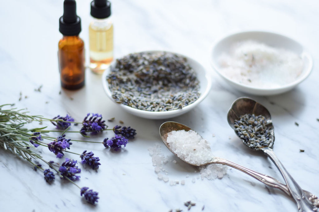 Using Essential Oils at Bathtime