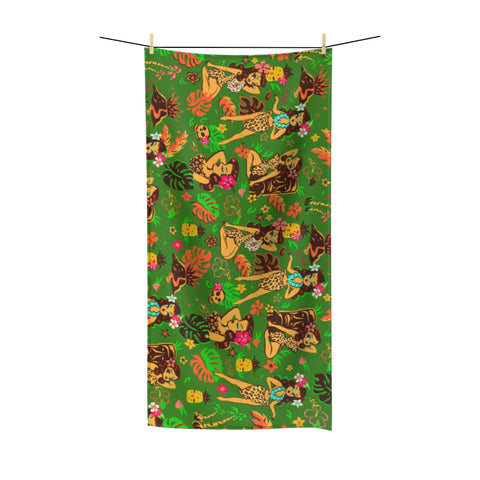 Tiki Temptress on Green • Towel