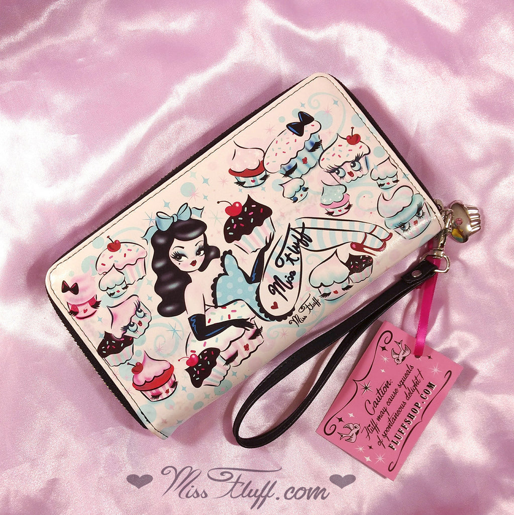 8040e753389f Special CUPCAKE DOLLS WRISTLET- SIGNED! with ORIGINAL DRAWING ...