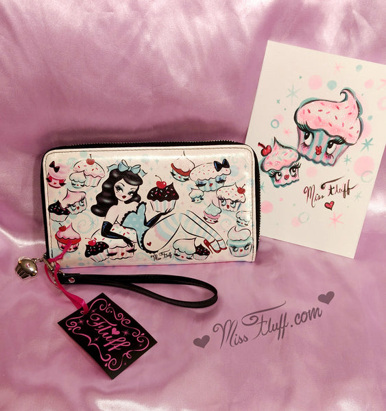 Special CUPCAKE DOLLS WRISTLET- SIGNED! with ORIGINAL DRAWING!