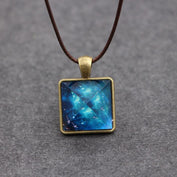Luminous Galaxy Geometric Necklace