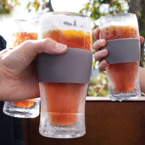 Freeze cooling pint Glass