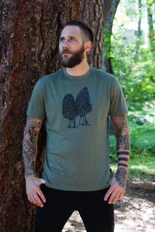 Tee Shirt Men's Morel Mushroom Nature Screen Print Olive Green Organic Cotton, mycology, gift for him, nature