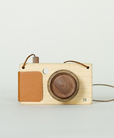 Walnut Animal Society adventure camera x Fanny & Alexander, brown