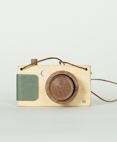 Walnut Animal Society adventure camera x Fanny & Alexander, green