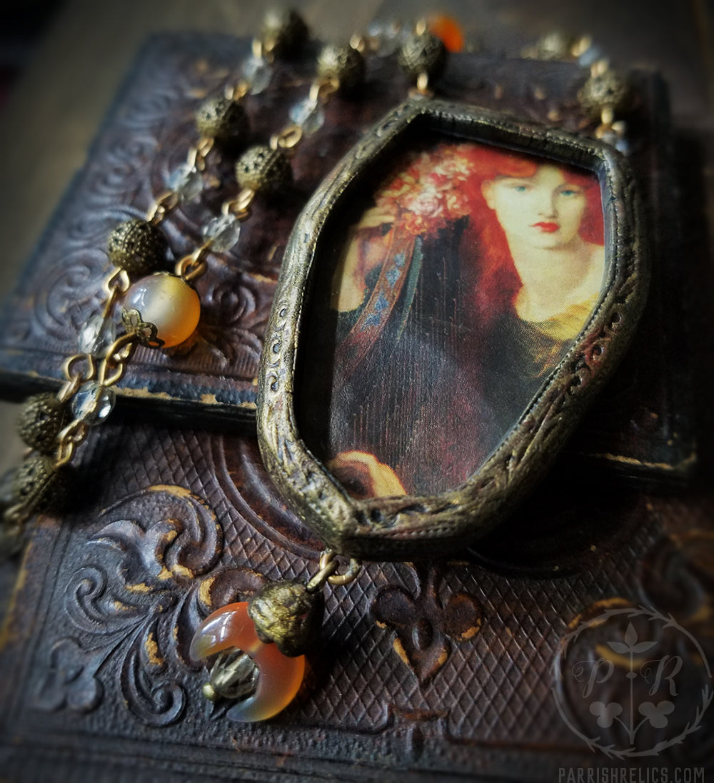 La Ghirlandata ~ Rossetti Pictorial Shrine Amulet