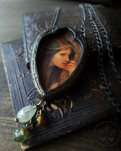Waterhouse Naiad Arch ~ Pictorial Shrine Amulet