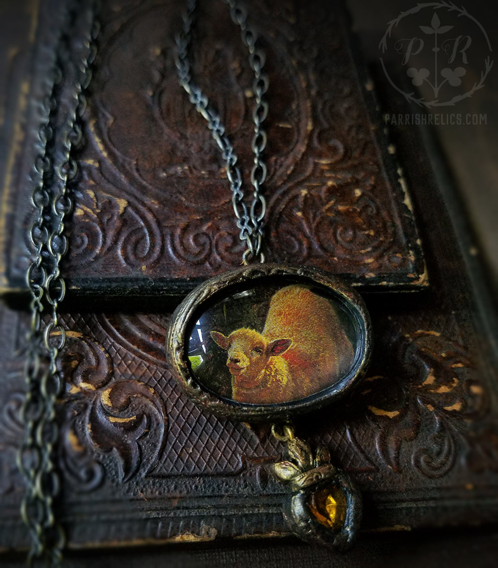 The Golden Lamb ~ Sacred Heart Pictorial Shrine Amulet