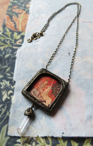 La Vue ~ Lady & the Unicorn Pictorial Shrine Amulet