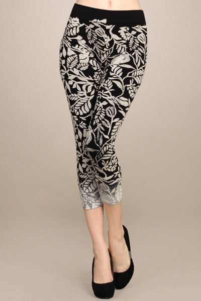 The Cropped Classic Legging with Printed Leaves