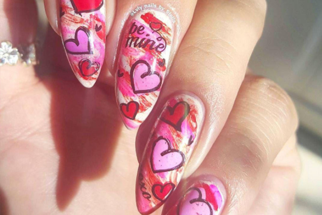 Use Valentine Nail Art to Paint the Town Red this Month
