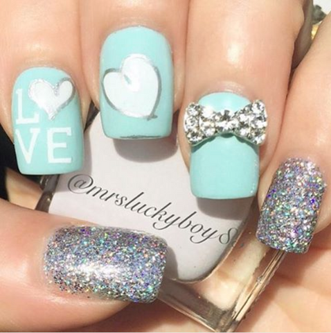 Sparkling valentine nail designs - Valentines Nail Designs: 5 Looks To Make The Heart Happy – Clear