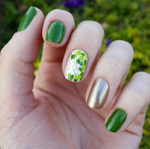 St Patricks nail art