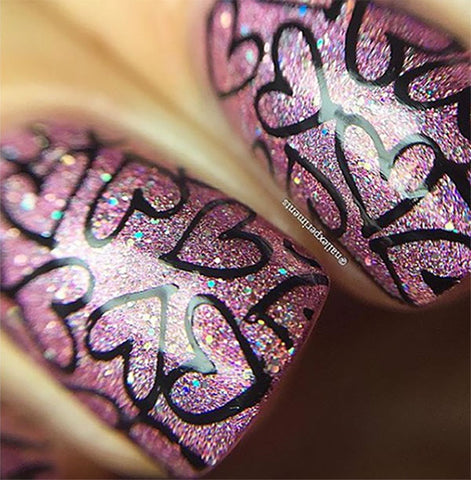 Kissable Nail Design
