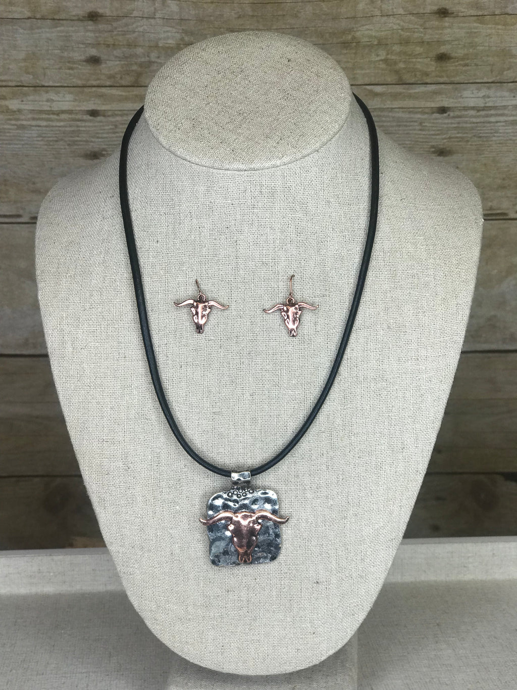 Steer Skull Necklace Set