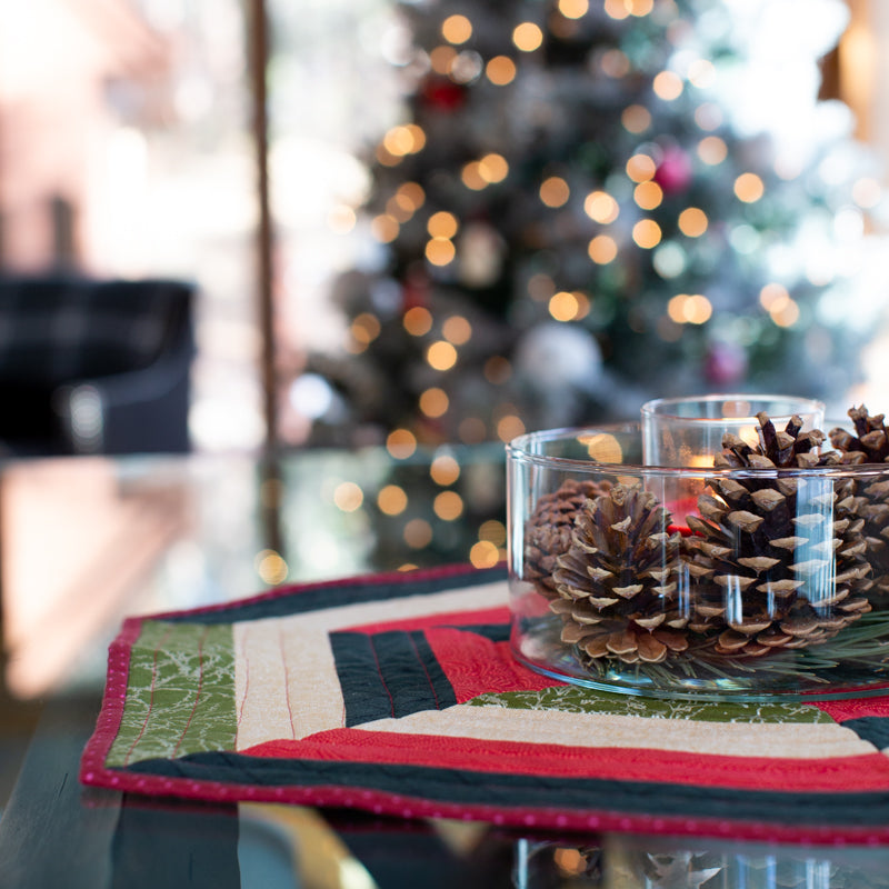 Rae's Holiday Hexagon Centerpiece (With Tree Skirt Hack!)