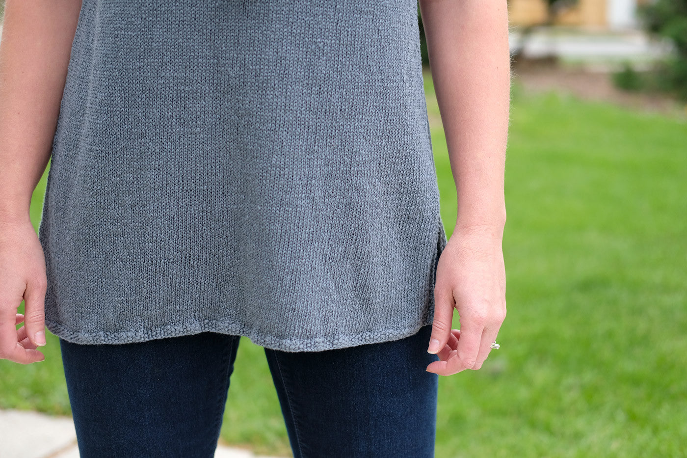 Shibui Reed hemline detail in Graphite