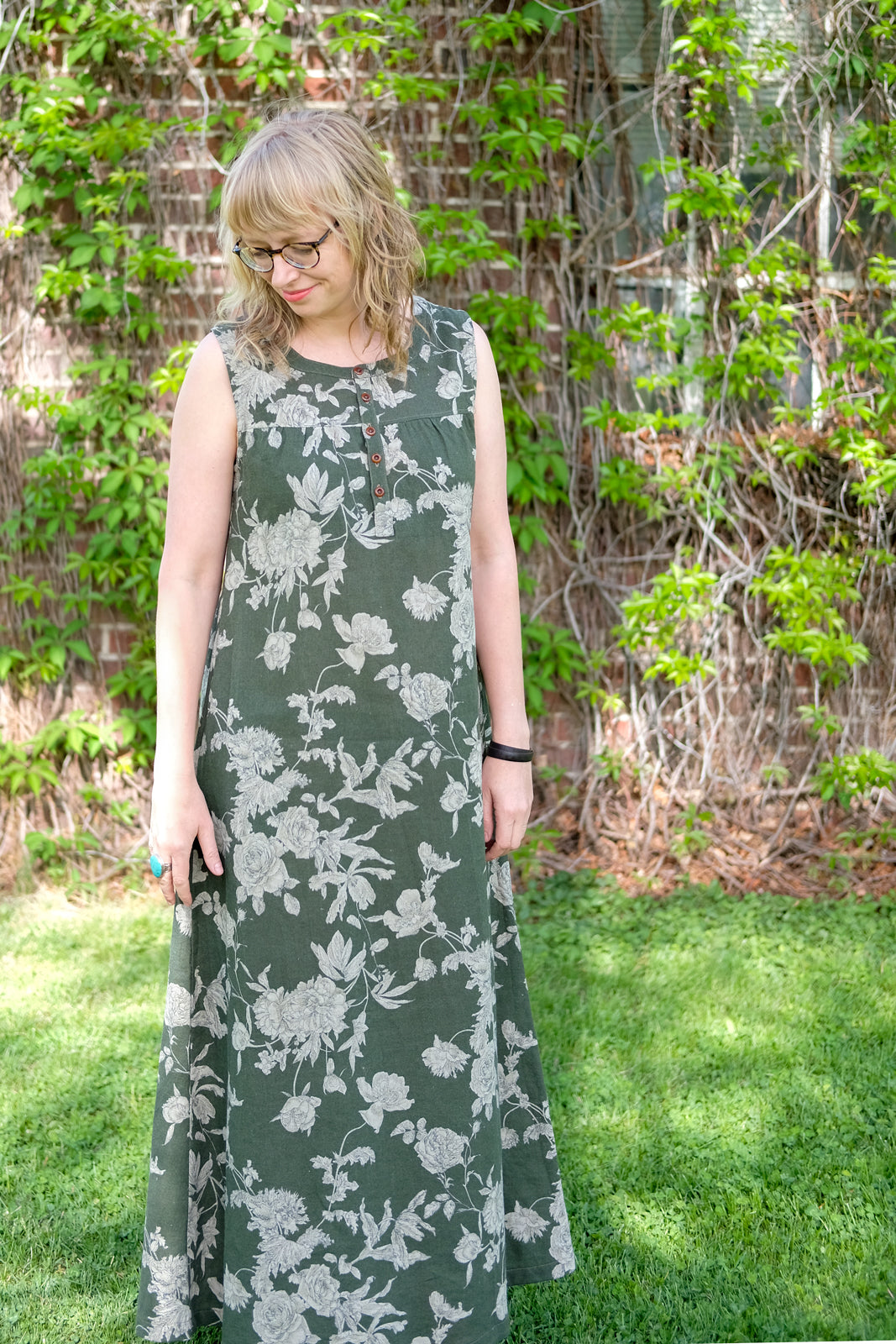 Amber in her Maxi Floral Brome