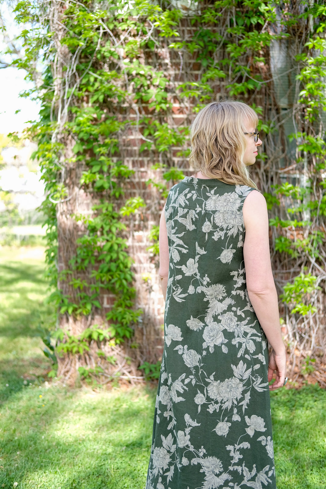 Back View of Amber's Linen Floral Brome Maxi Dress