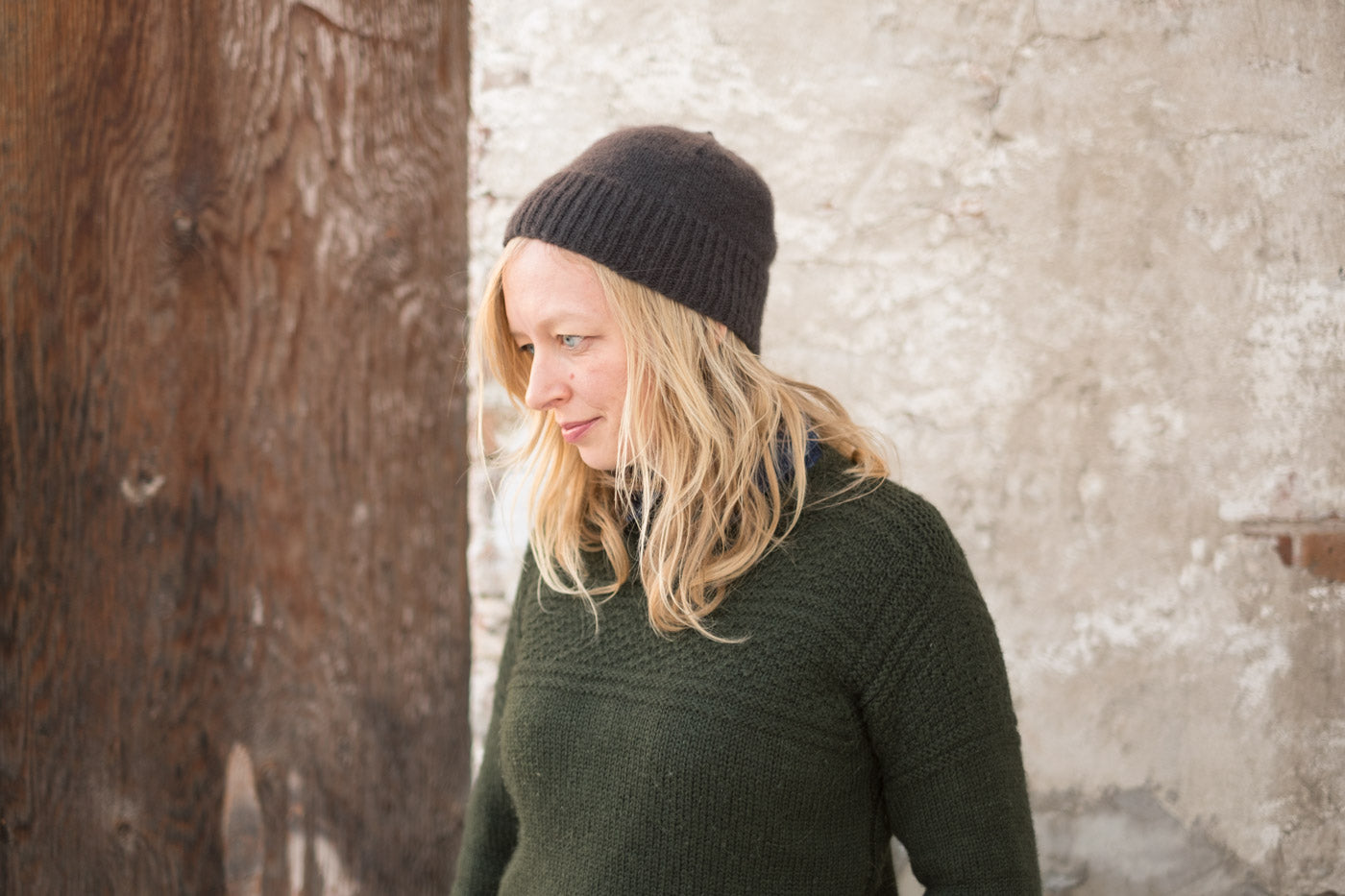 5ccd6110f11 Pattern  Knitbot Simple Hat by Hannah Fettig from Home and Away Materials   Woolfolk Far in color Raven (1 Skein) 16