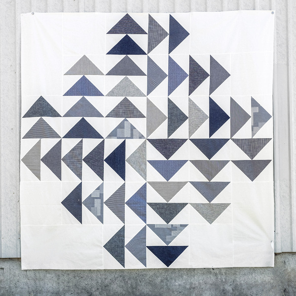 Four Winds Quilt, flying geese in indigo and white