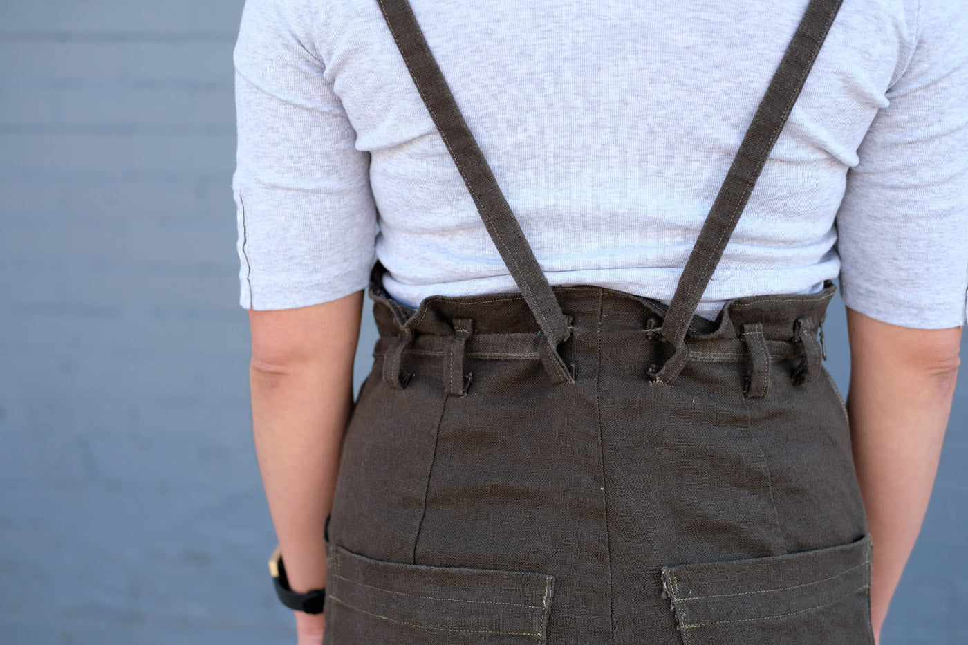 Belt loop detail on Victoria's Bibs