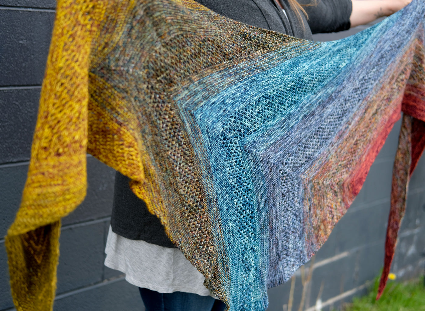 Kelly's not-so-neutral Find Your Fade shawl by Andrea Mowry