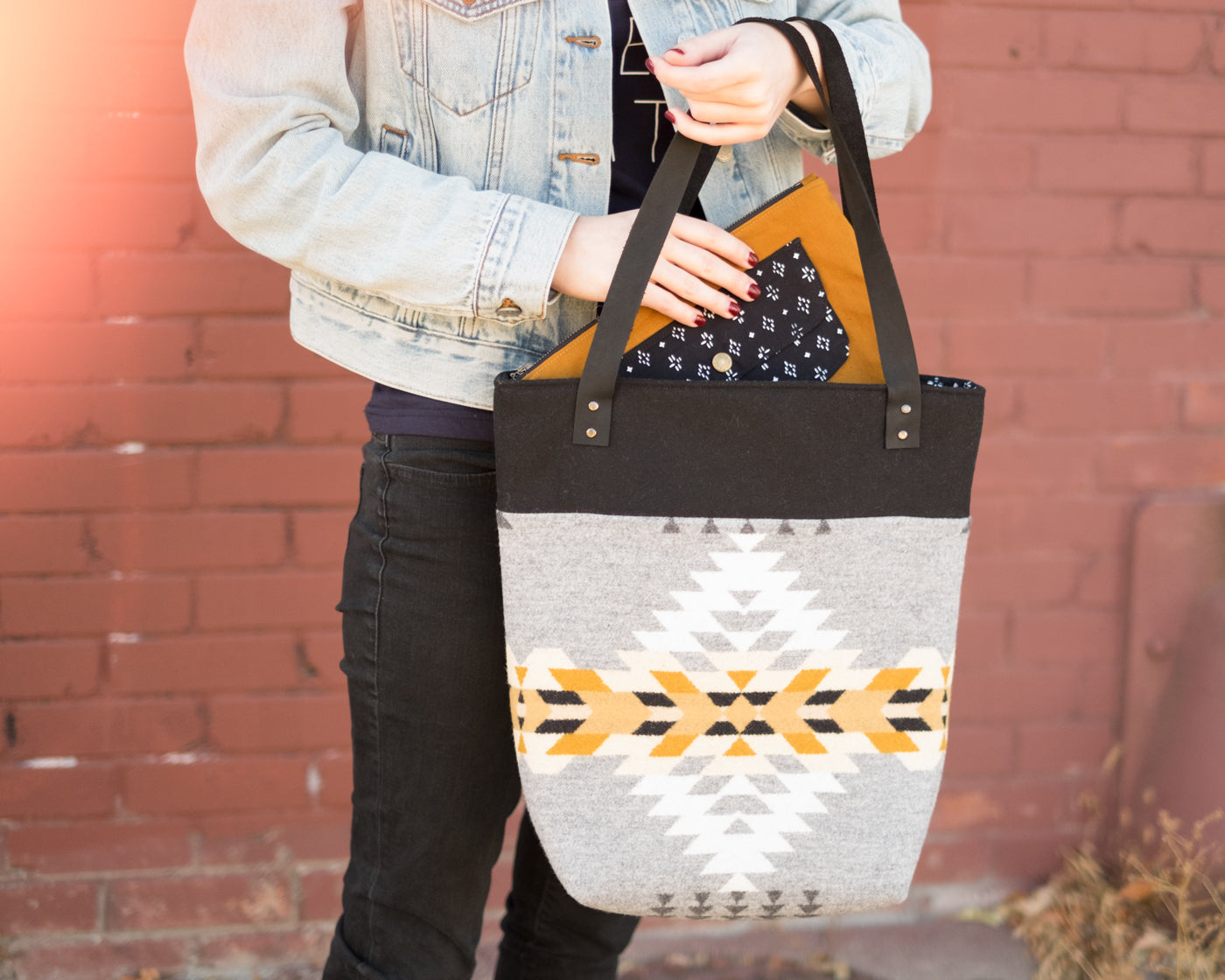 Pendleton Caravan Tote and Pouch