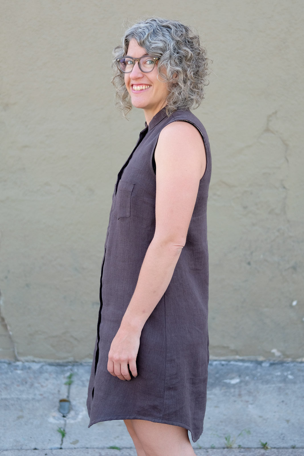 Side view of Jaime's Grainline Studio Alder Shirtdress
