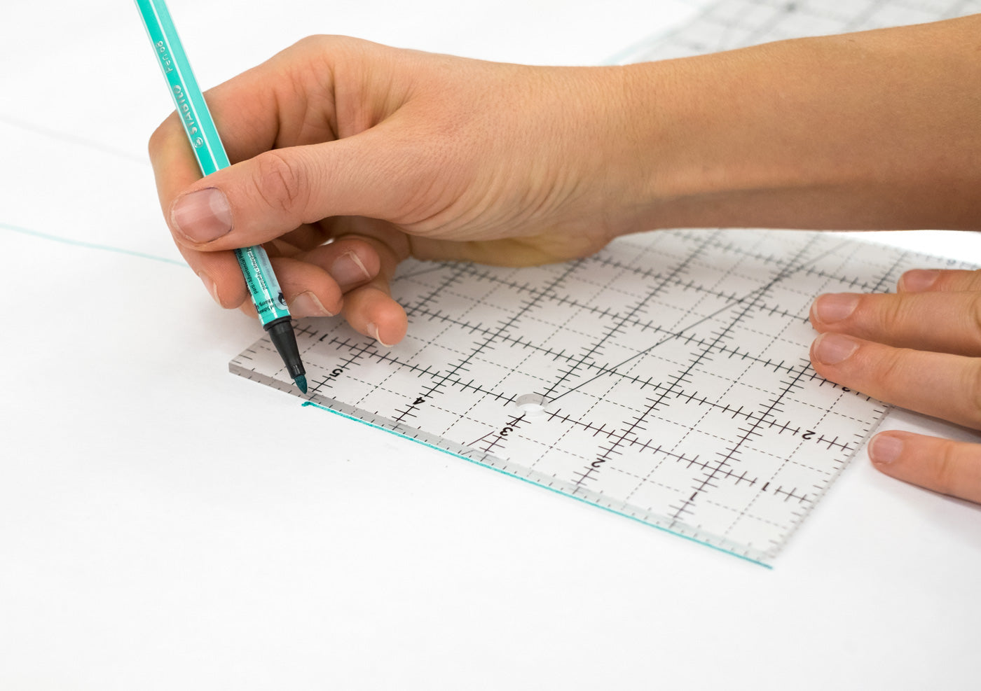 Draft your cuff using a quilting ruler