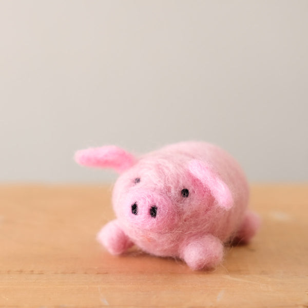Needlefelting 101: Pig