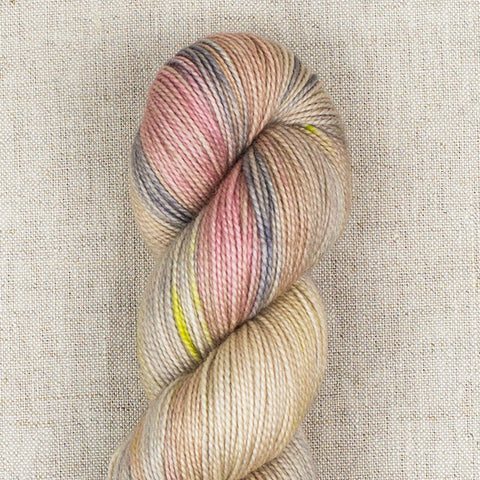 LolaBean Yarn Co