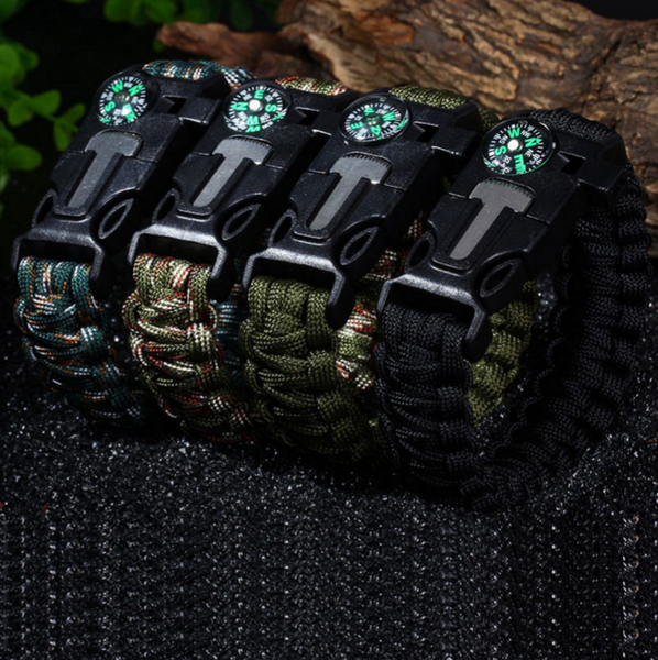 ULTIMATE 5-in-1 Paracord Survival Bracelet