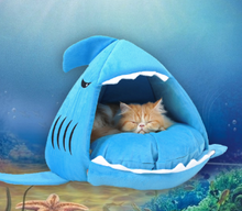Load image into Gallery viewer, Cat/Dog Shark House