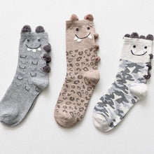 Load image into Gallery viewer, Cute Cat Socks - 3 Pairs