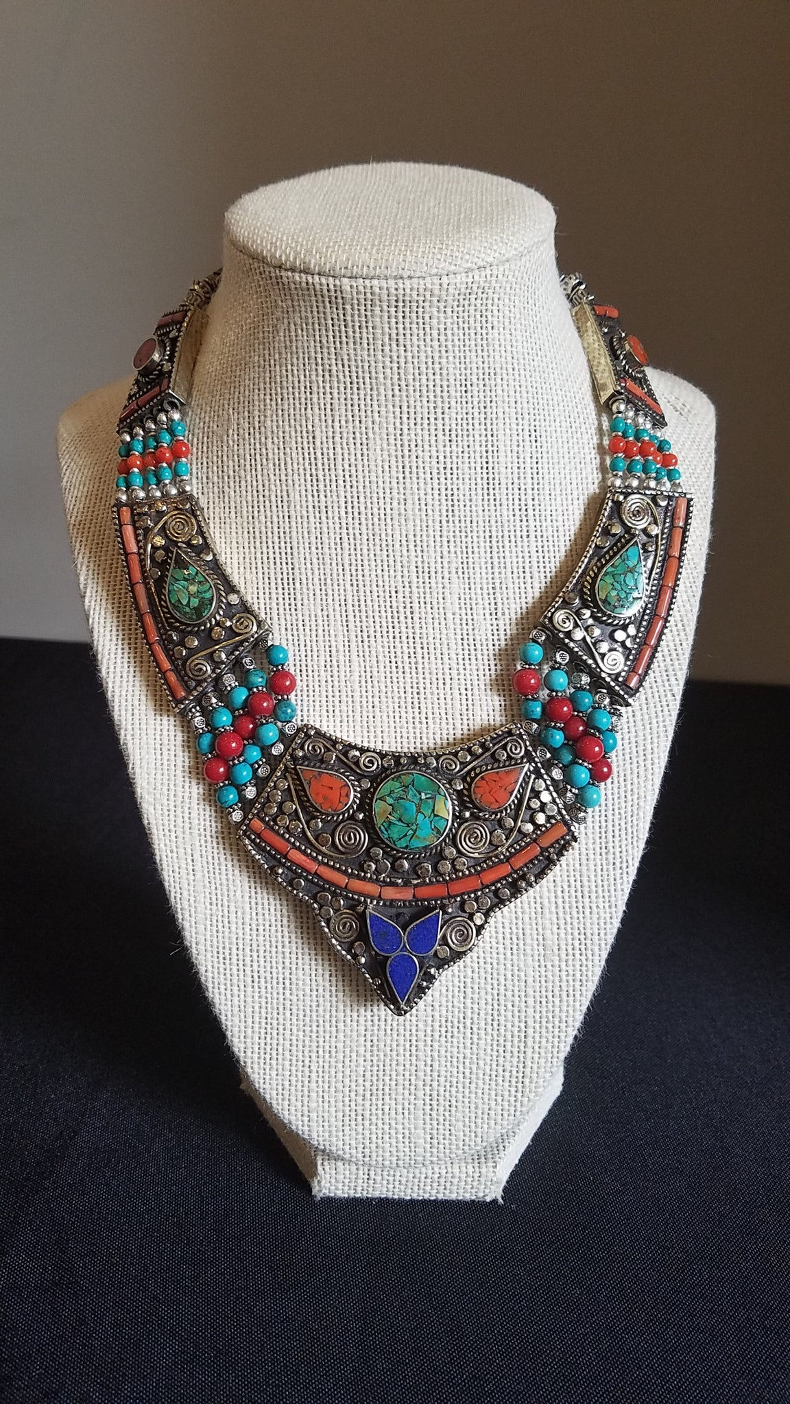 Vintage Egyptian Silver and Lapis Necklace