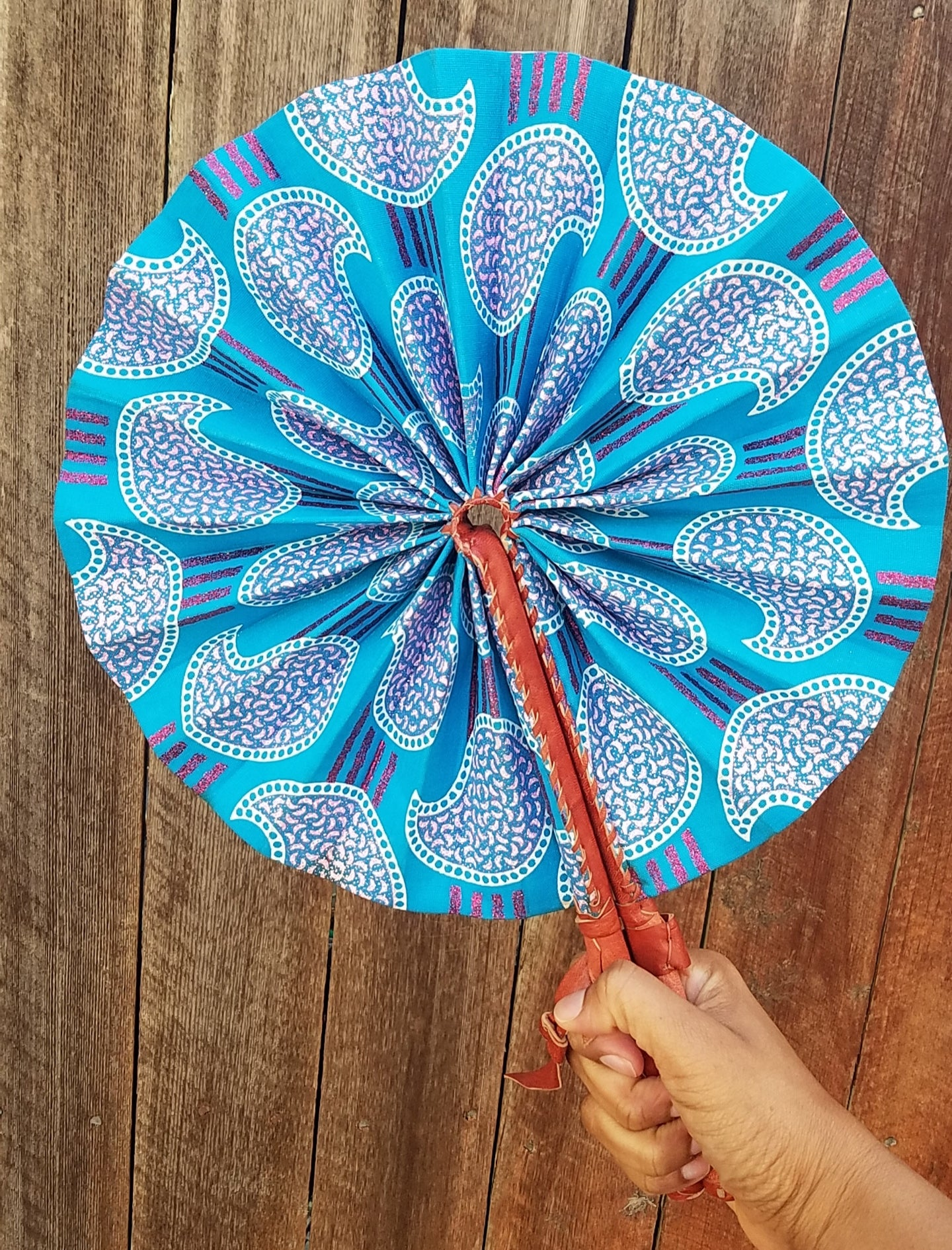 Handheld Fan in Turquoise Pink