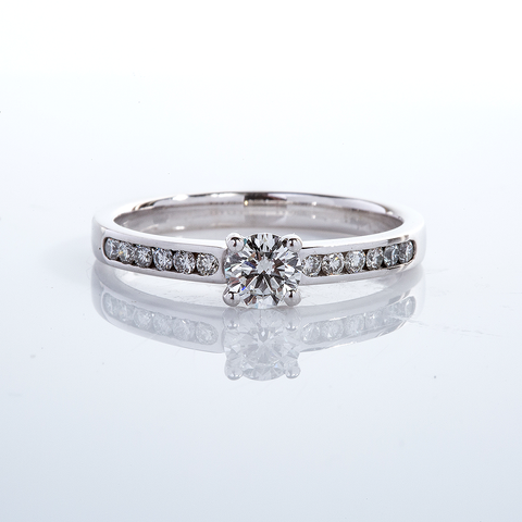 Engagement Ring 001-00659