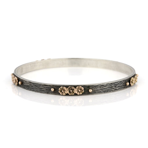 Zayliya flat 5.5mm bangle with 9ct gold flower cluster embellishments