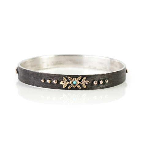Flat Zayliya 10mm bangle with turquoise and 9ct gold embellishments
