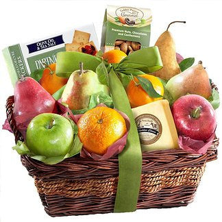 The Classic Fruit and Cheese Basket CFG8019_19
