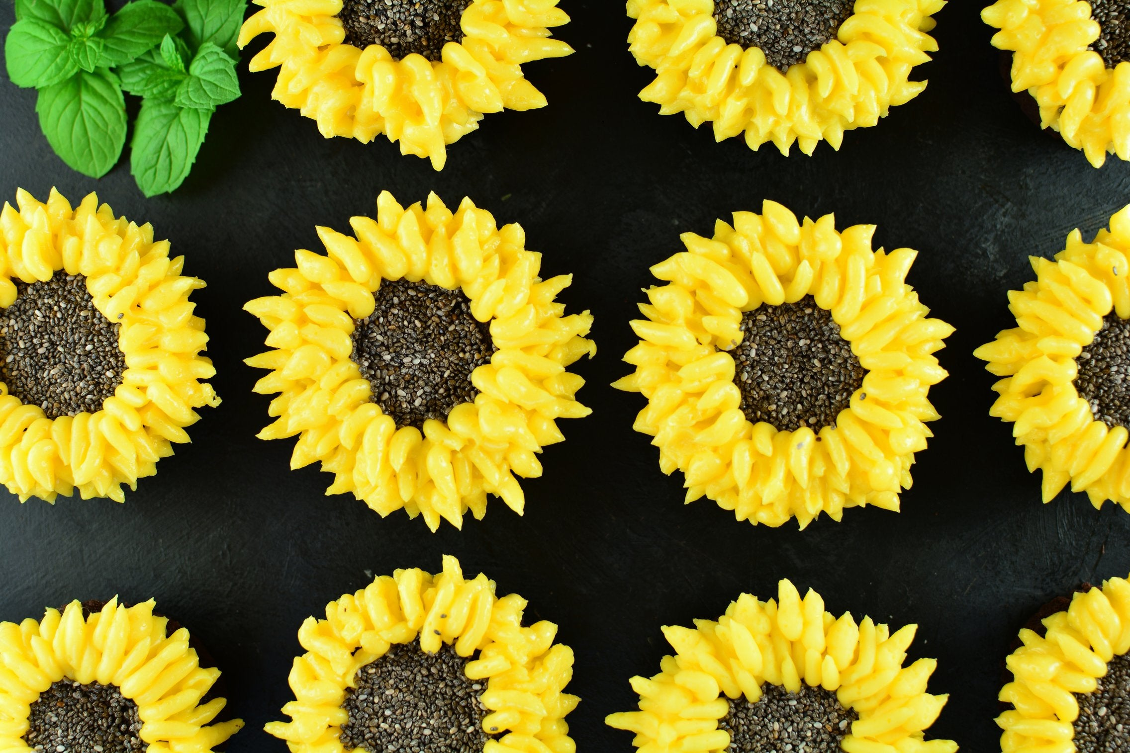Sunflower Maca Cupcakes with Vanilla and Chia Seeds