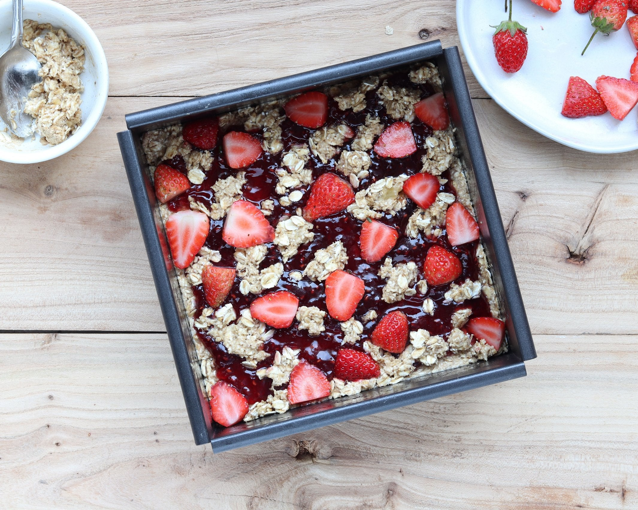 Maca Strawberry Oatmeal Bars with Bananas