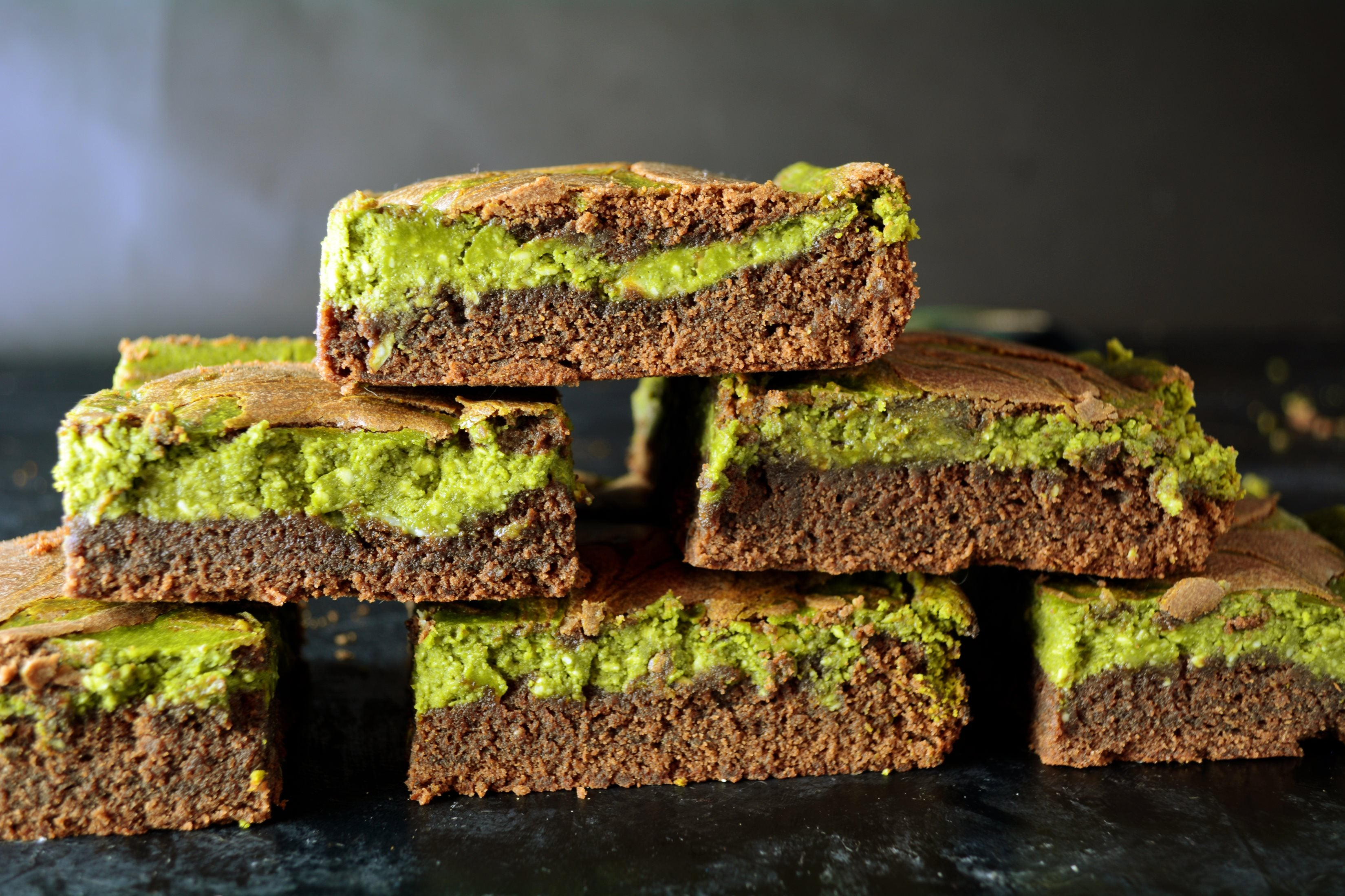 Matcha Brownies With Cream Cheese And White Chocolate