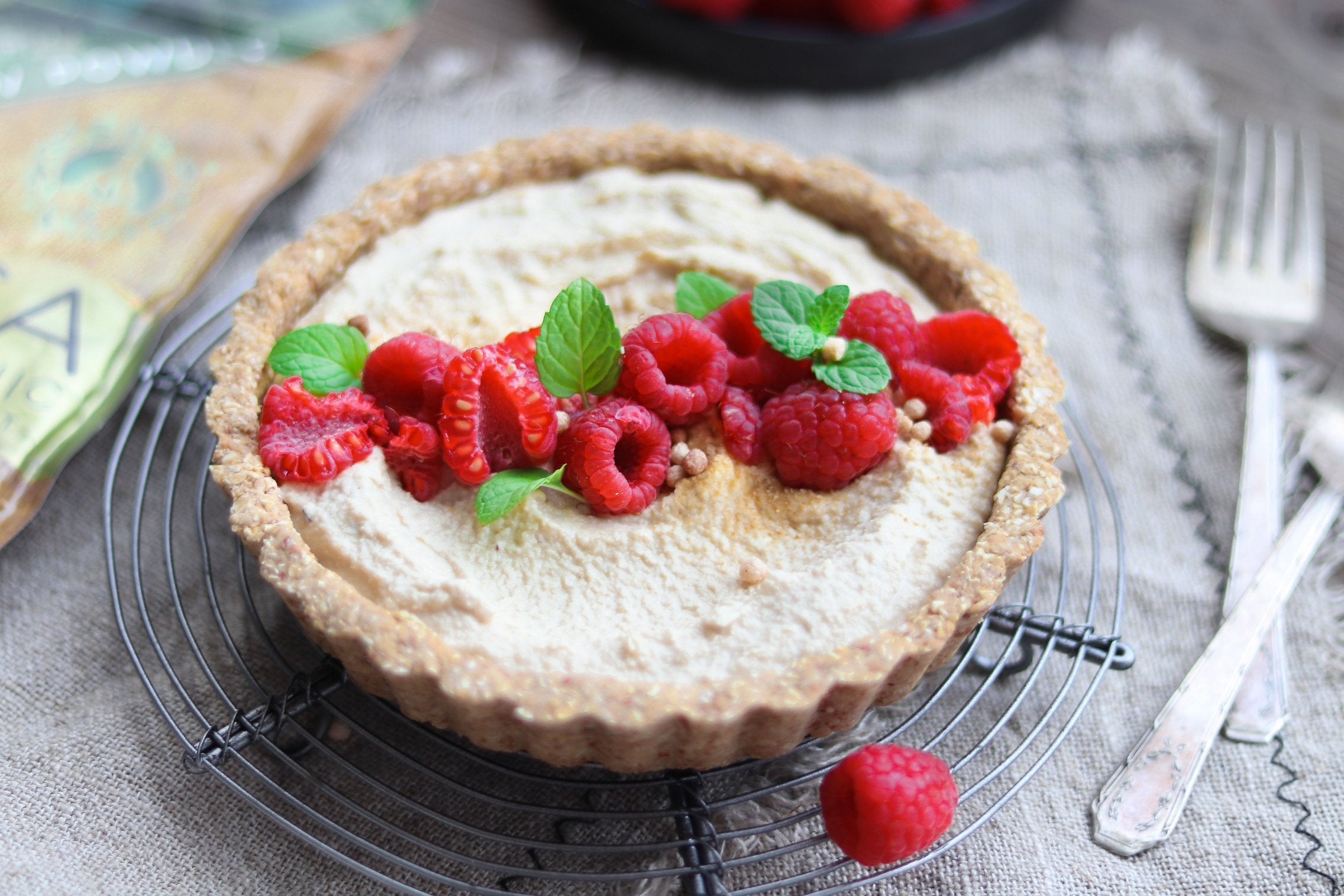 Vegan Maca Cream Cheese Tart with Almonds and Cashews