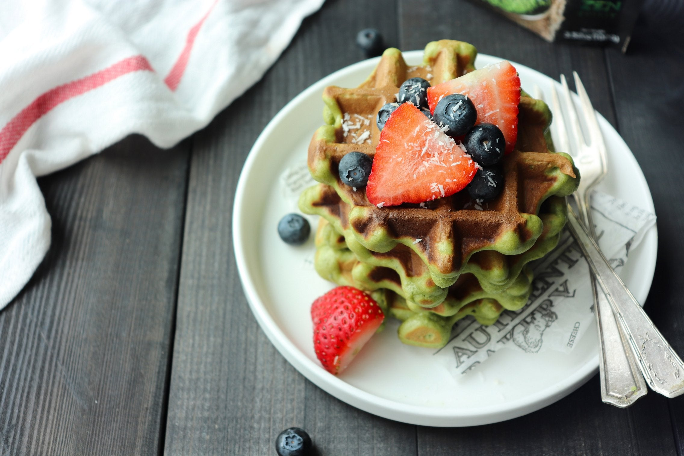 coconut-matcha-green-tea-waffles-final