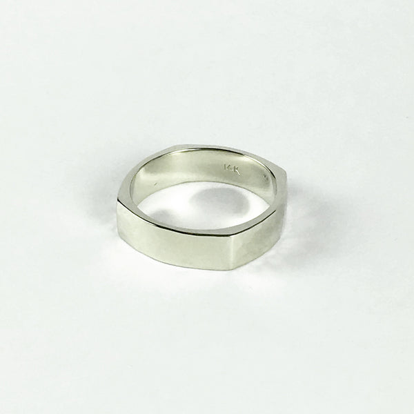 Square hammered wedding band - White Gold